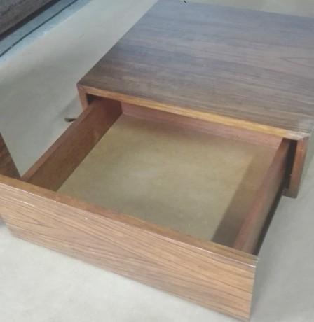 cama-e-2-mesas-de-cabeceira-em-madeira-macica-big-5