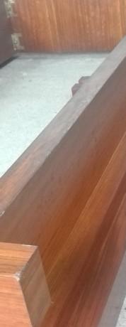 cama-e-2-mesas-de-cabeceira-em-madeira-macica-big-0