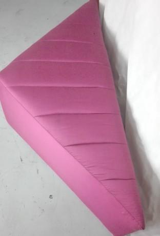 pouf-em-rosa-big-2