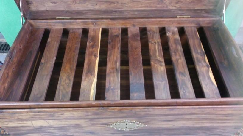 arca-em-madeira-sandalo-big-4