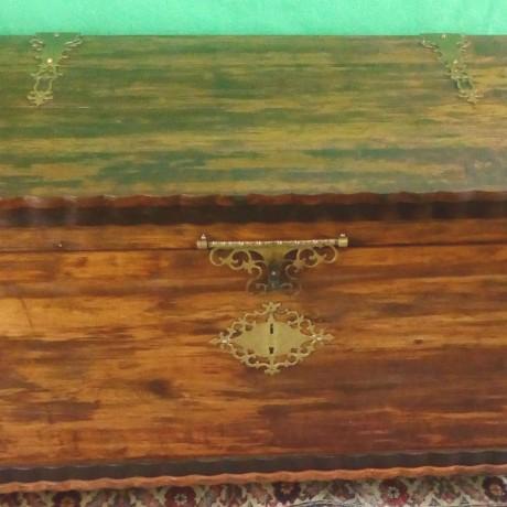 arca-em-madeira-sandalo-big-0