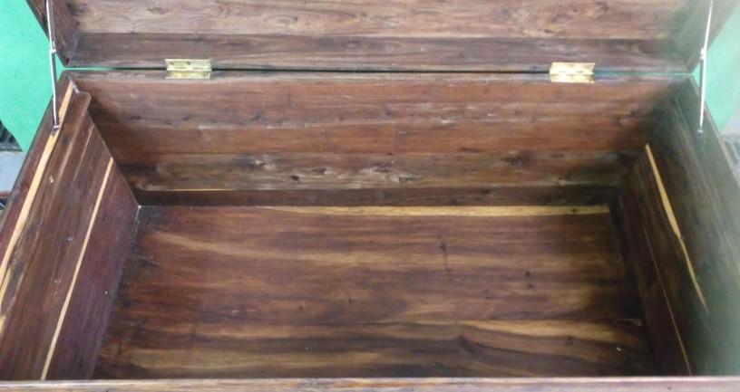 arca-em-madeira-sandalo-big-3