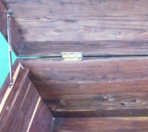 arca-em-madeira-sandalo-big-5