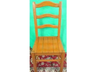 Cadeira em Madeira/ Pinho
