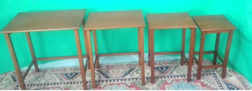 conjunto-de-4-mesas-em-madeira-big-0