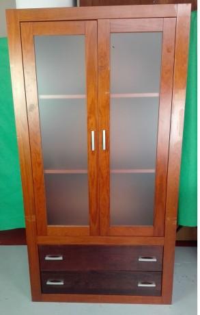 armario-em-madeira-com-2-portas-de-vidro-big-0