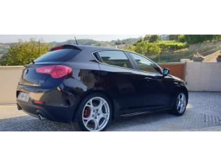 Alfa Romeo Giulietta JTD Distinctive 8000 EUR