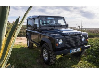 Land Rover Defender 90 Black Edition 8000 EUR