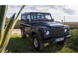 Land Rover Defender 90 Black Edition 8000 EUR