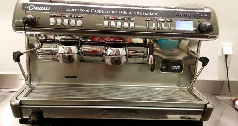 mitsubishi-carrinha-bar-maquina-de-cafe-expresso-big-0