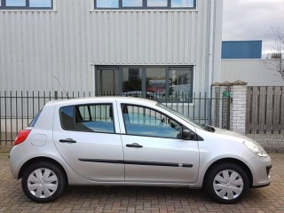 RenaultClio-1.5 dCi Business Line