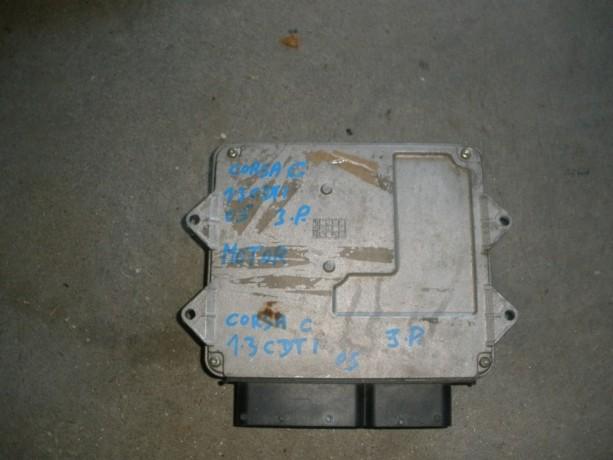 centralina-de-motor-corsa-c-13cdti-ano-05-big-0