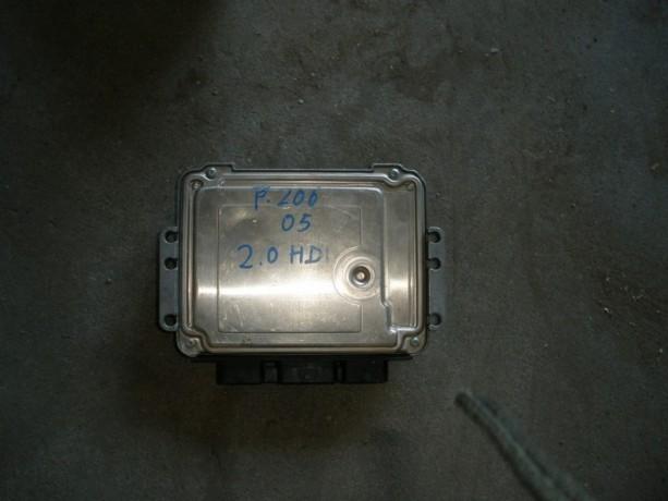 centralina-de-motor-peugeot-206-20hdi-ano-05-big-0