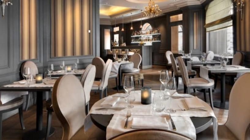 trabalhadores-de-hoteis-e-restaurantes-sao-urgentemente-necessarios-na-suica-big-0