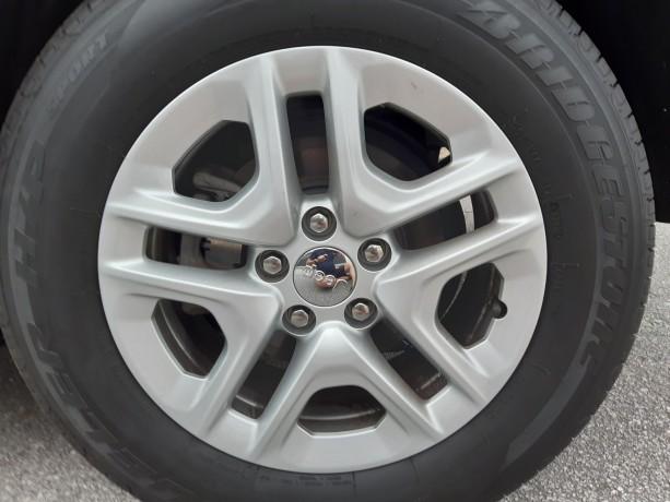 vendo-pneus-bridgestone-dueller-sport-21565-r16-e-jantes-16-jeep-big-4