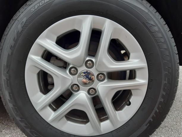 vendo-pneus-bridgestone-dueller-sport-21565-r16-e-jantes-16-jeep-big-1