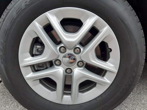 vendo-pneus-bridgestone-dueller-sport-21565-r16-e-jantes-16-jeep-big-3