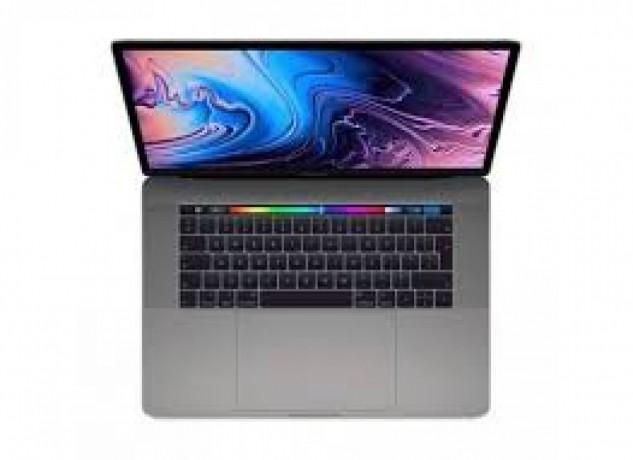 novo-apple-macbook-pro-154-i9-big-1