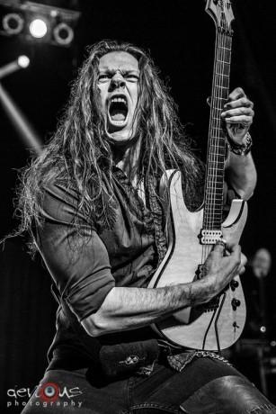 aulas-de-guitarra-metal-rock-blues-spanish-classical-para-todas-as-idades-e-todos-os-niveis-big-0
